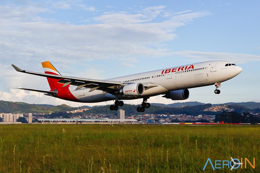 Avião Airbus A330-300 Iberia