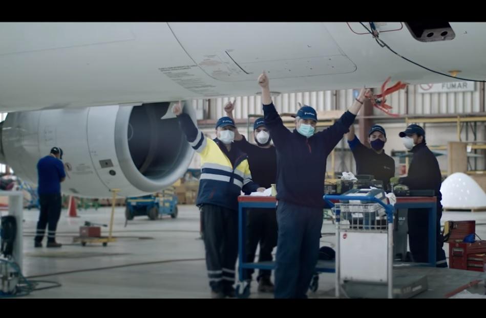Vídeo LATAM Técnicos de Manutenção Aeronaves