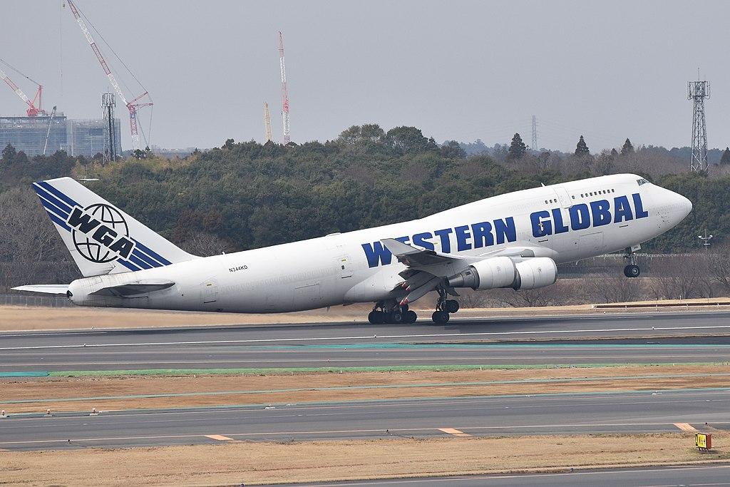 Avião boeing 747-400F Western Global Airlines