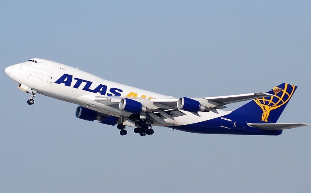 Avião Boeing 747-400F Atlas Air