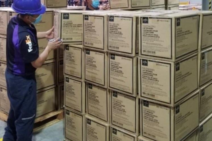 FedEx caixas suprimentos médicos Covid-19 América Latina Medline