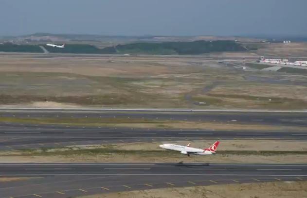 Decolagem tripla Turkish terceira pista Instambul