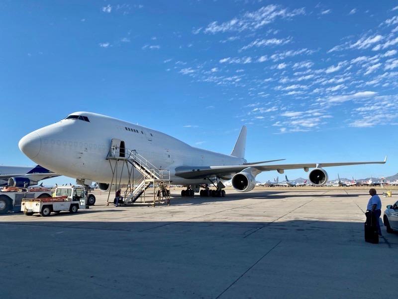 Jumbo Boeing 747-400BCF National Airlines