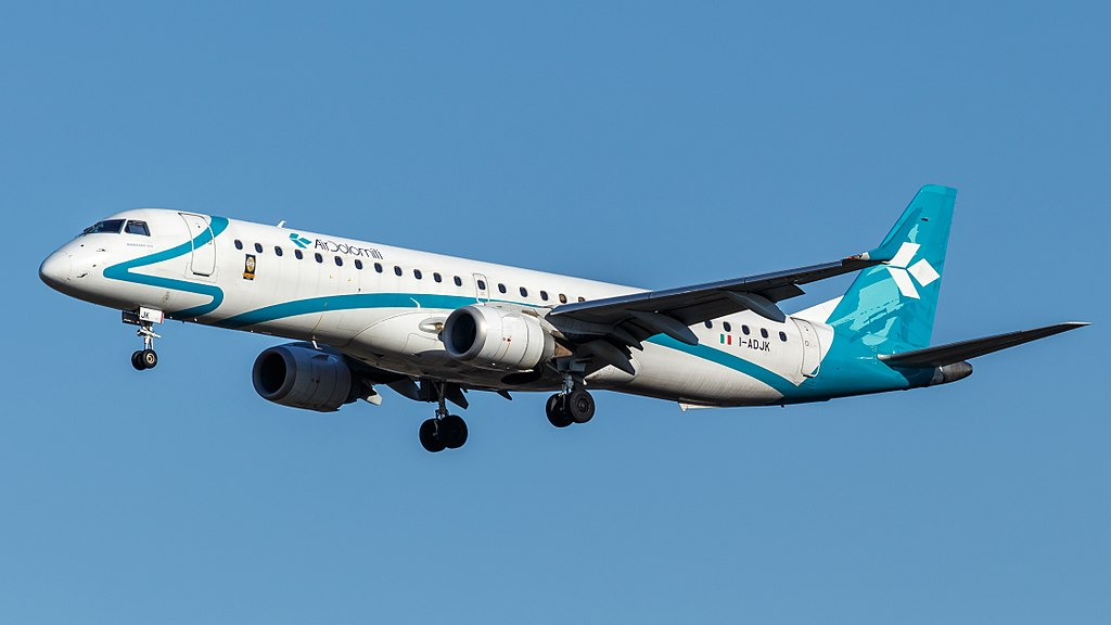 Avião Embraer E195 Air Dolomiti