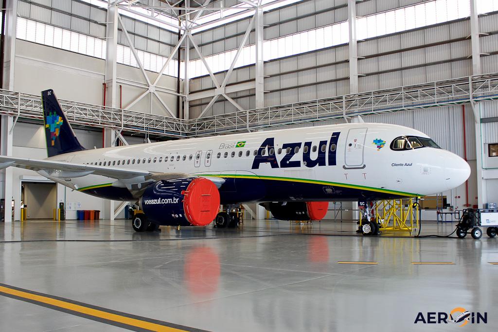 Avoão Airbus A320neo Azul