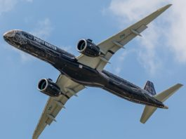 Avião Embraer E195-E2 Profit Hunter