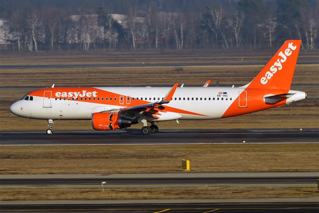 Avião Airbus A320 easyJet Europe