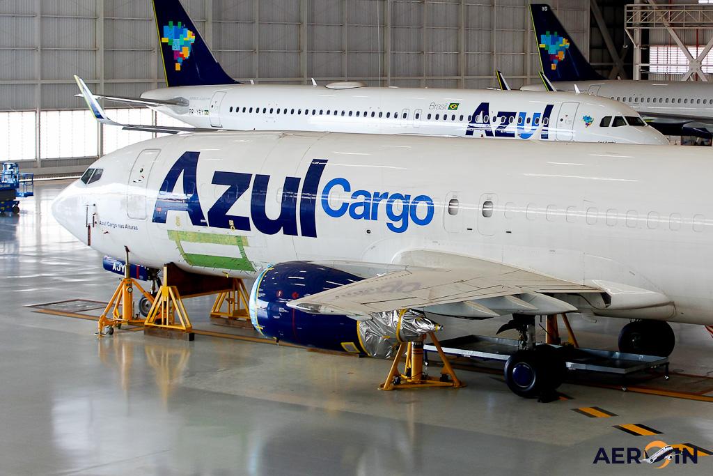 Reparo Azul Cargo 737-400F