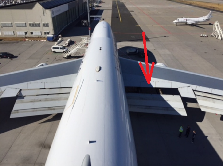 BFU 747 perdeu flap