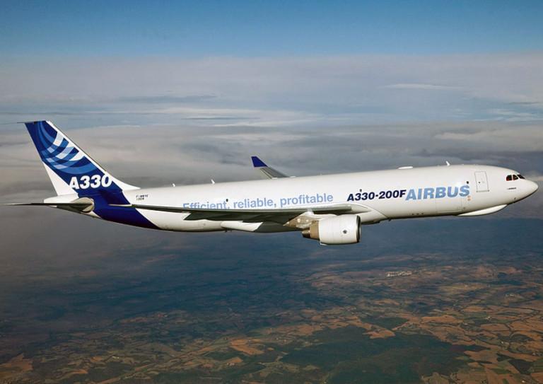 Avião Airbus A330-200F A330F