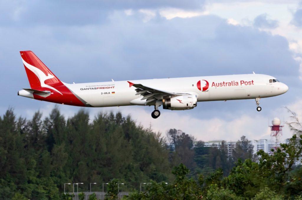 Primeiro A321 P2F Pintado Qantas Australia Post