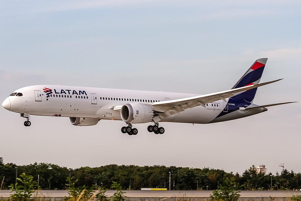 Avião Boeing 787-9 LATAM