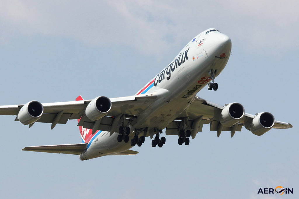 Avião Boeing 747-8F Cargolux