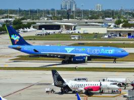 Avião Airbus A330 Tudo Azul