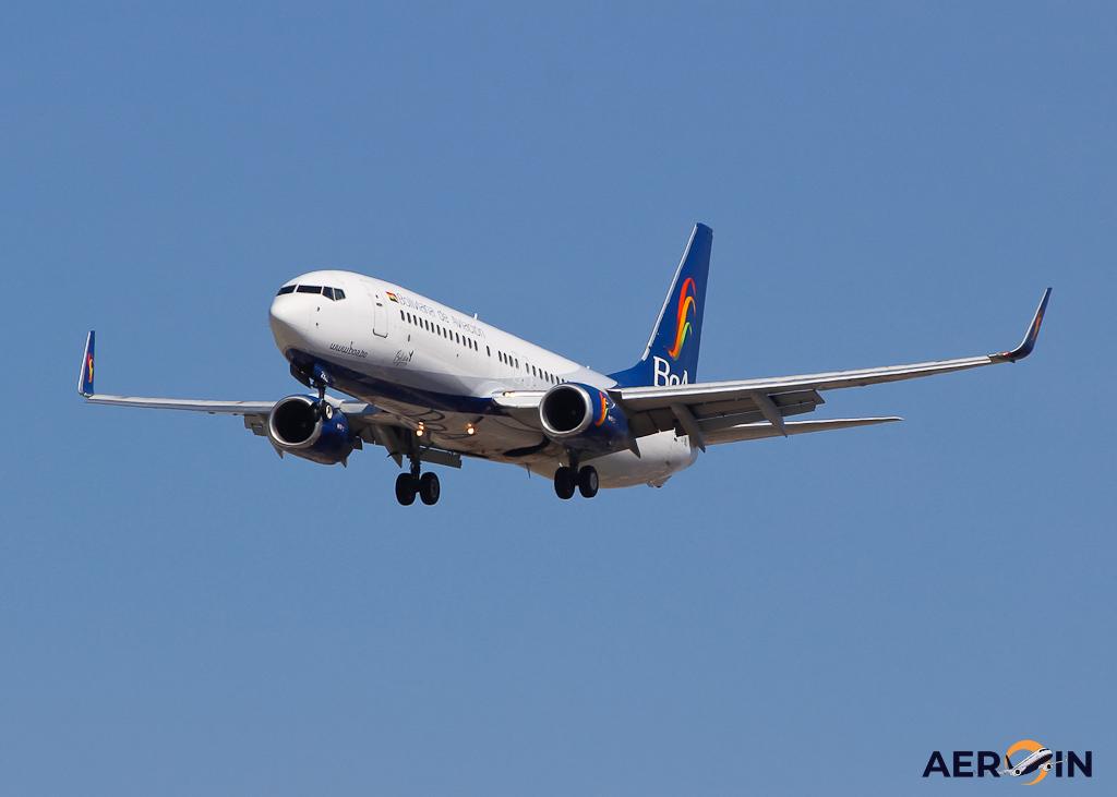 Avião Boeing 737-800 BoA Boliviana de Aviación