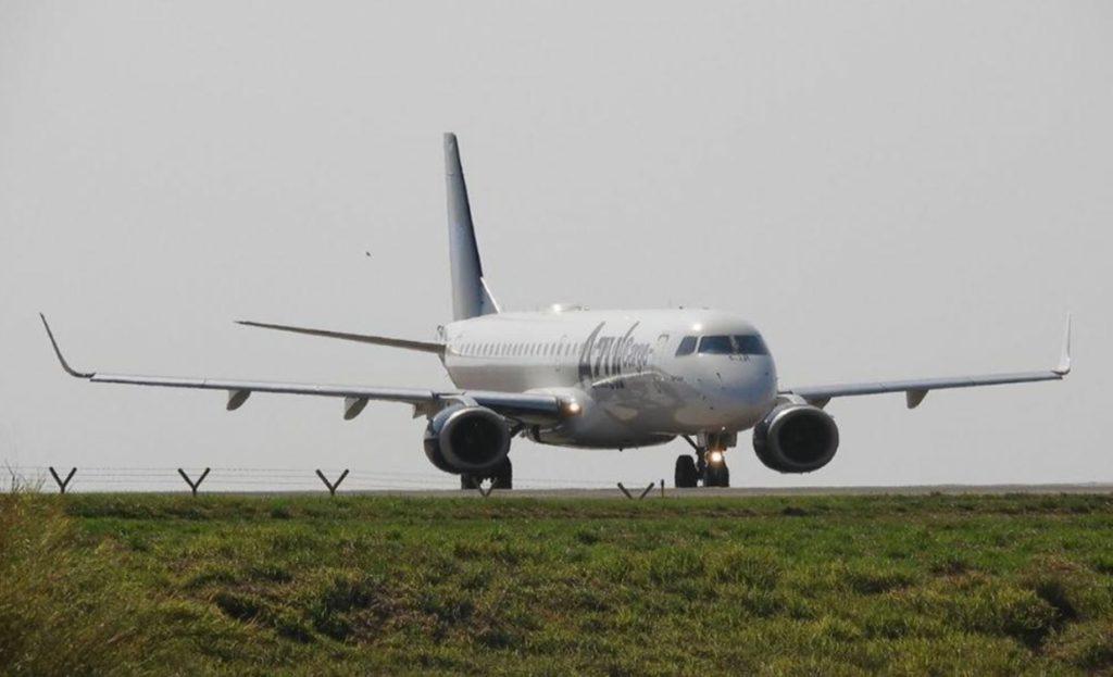 Avião Azul Cargo E195 Primeiro Voo Comercial