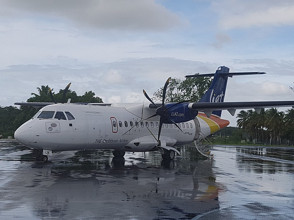 Avião ATR 42 LIAT