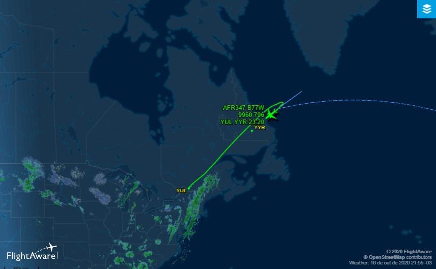 FlightAware Voo 777-300 Air France Fumaça
