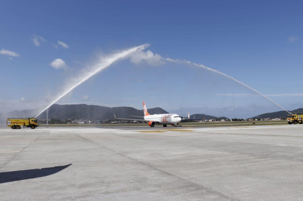 Boeing 737 GOL Batismo Estreia Voo Floripa Santos Dumont