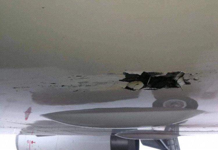 Dano fuselagem A319 Shenzhen Atingiu Antena