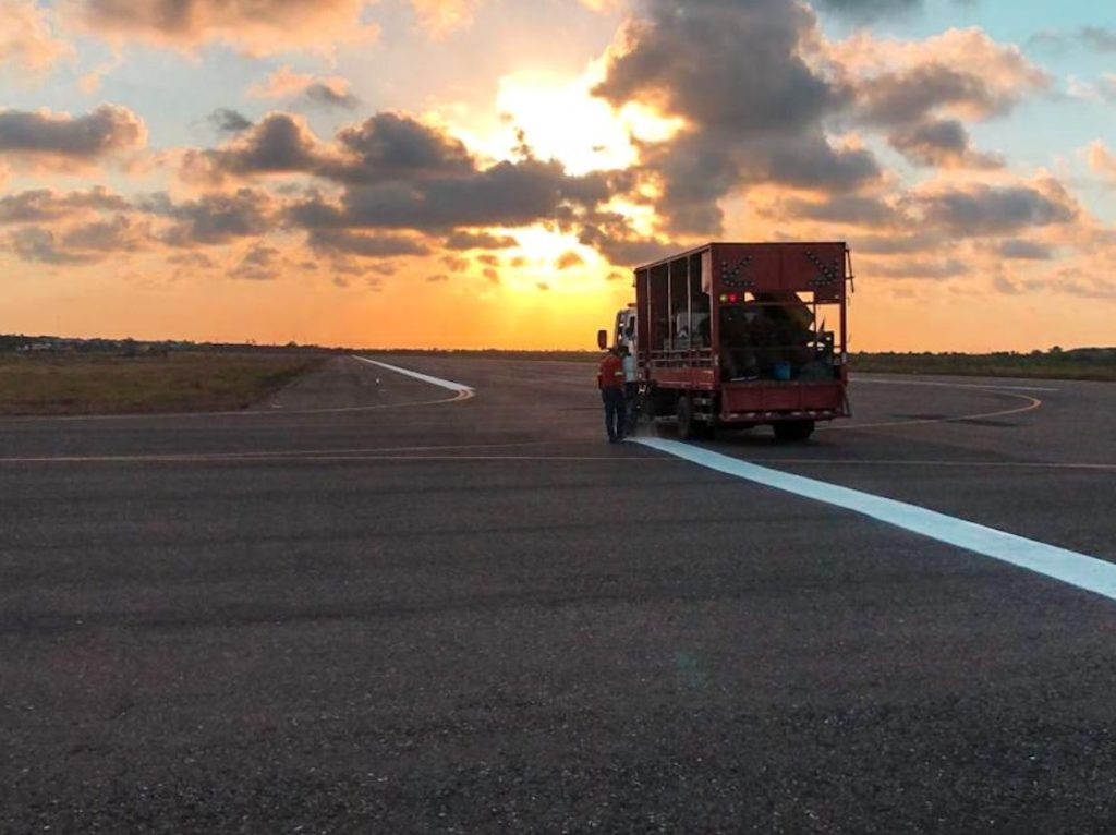 Infraero Obra Pintura Pista Aeroporto Parnaíba
