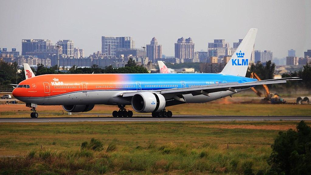 Avião Boeing 777-300 KLM