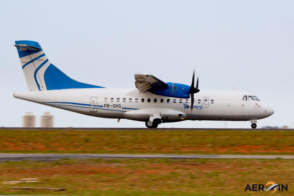 Avião ATR 42-500 Omni
