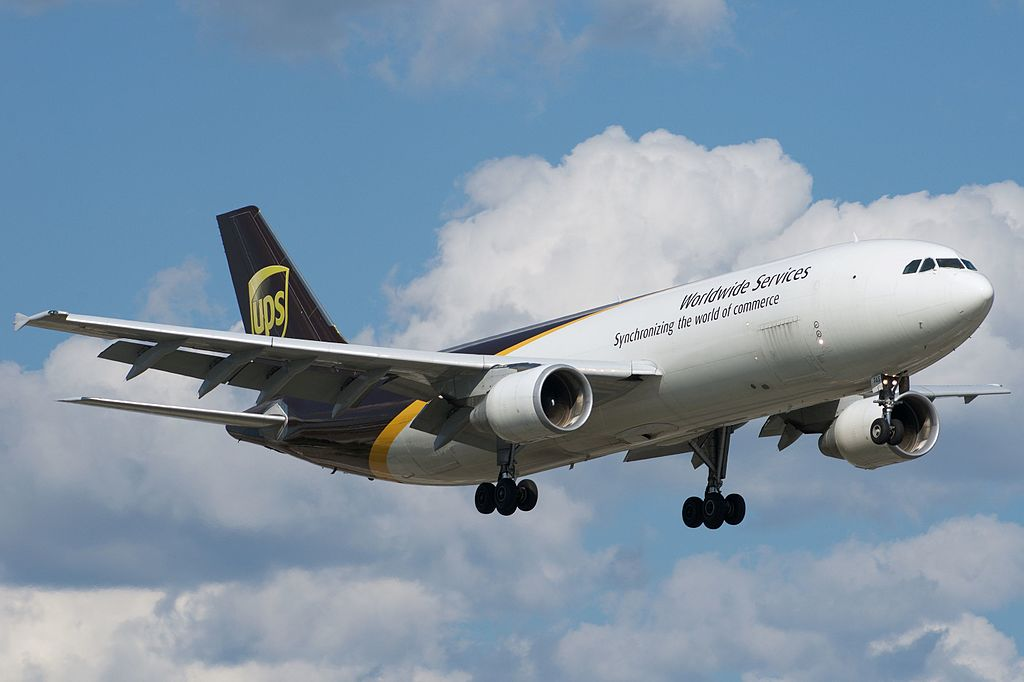 Avião Airbus A300-600F UPS