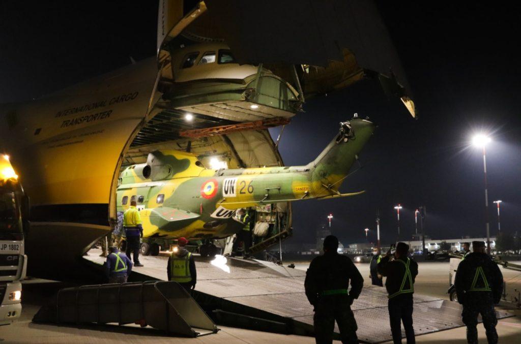 Antonov AN-124 Transporte Helicópteros Romênia