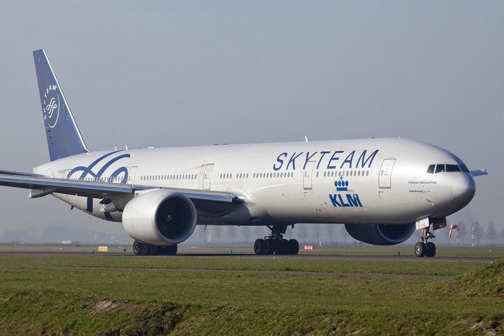 Avião Boeing 777-300 KLM SkyTeam