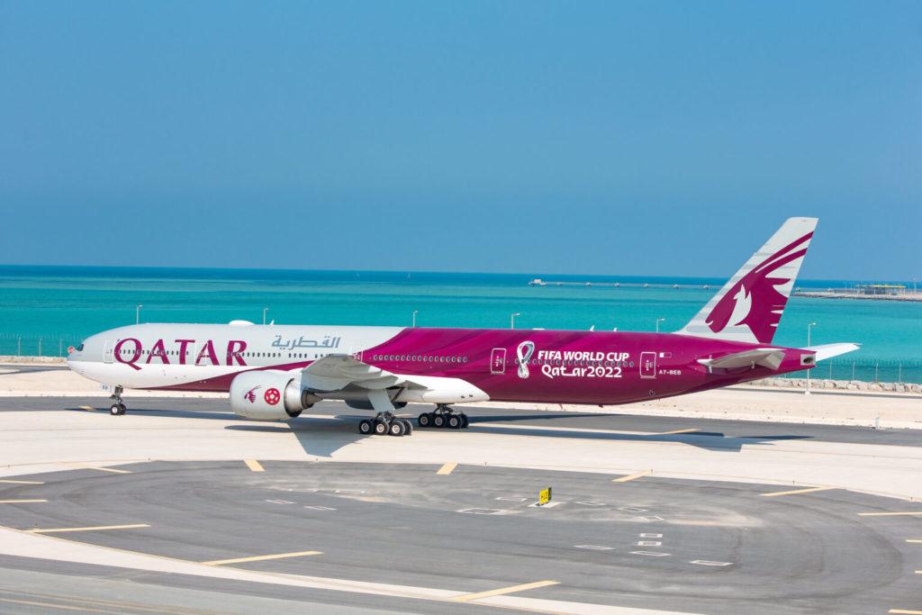 Avião Boeing 777-300ER Qatar Airways FIFA World Cup Copa Mundo 2022