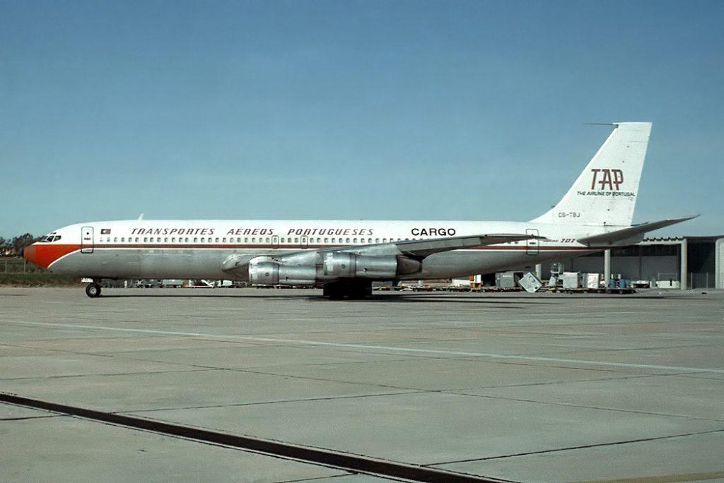 Avião TAP Cargo Boeing 707-300C