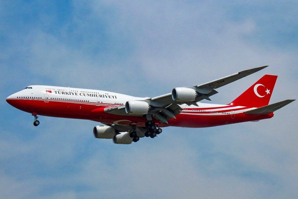 Avião Boeing 747-8I Turquia