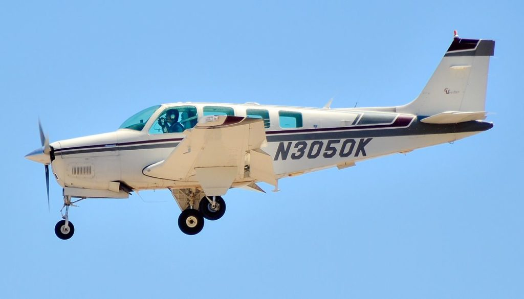 Avião Beechcraft Bonanza A36