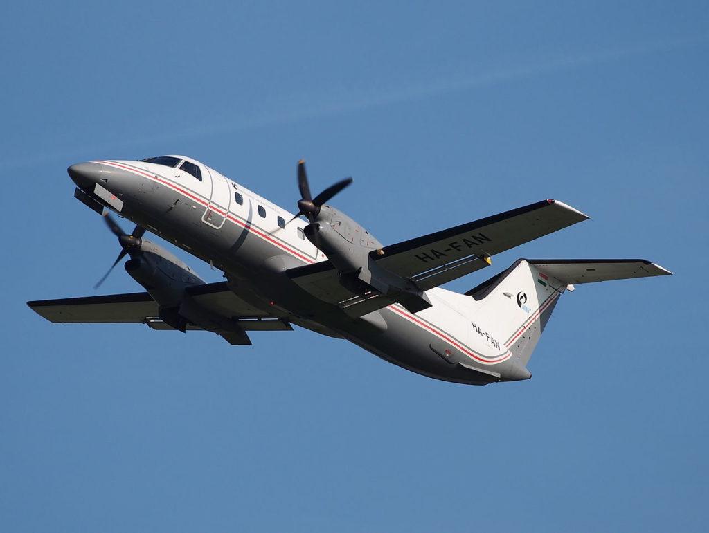 Avião Embraer EMB-120 Brasilia