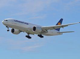 Avião Boeing 777F Lufthansa Cargo