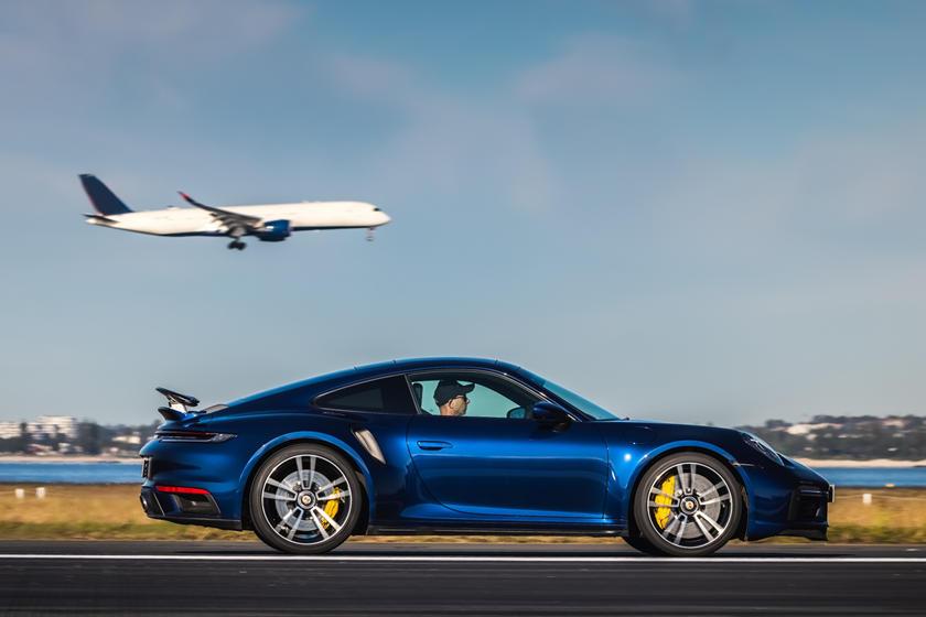 Porsche 911 Turbo S Pista Aeroporto Sydney