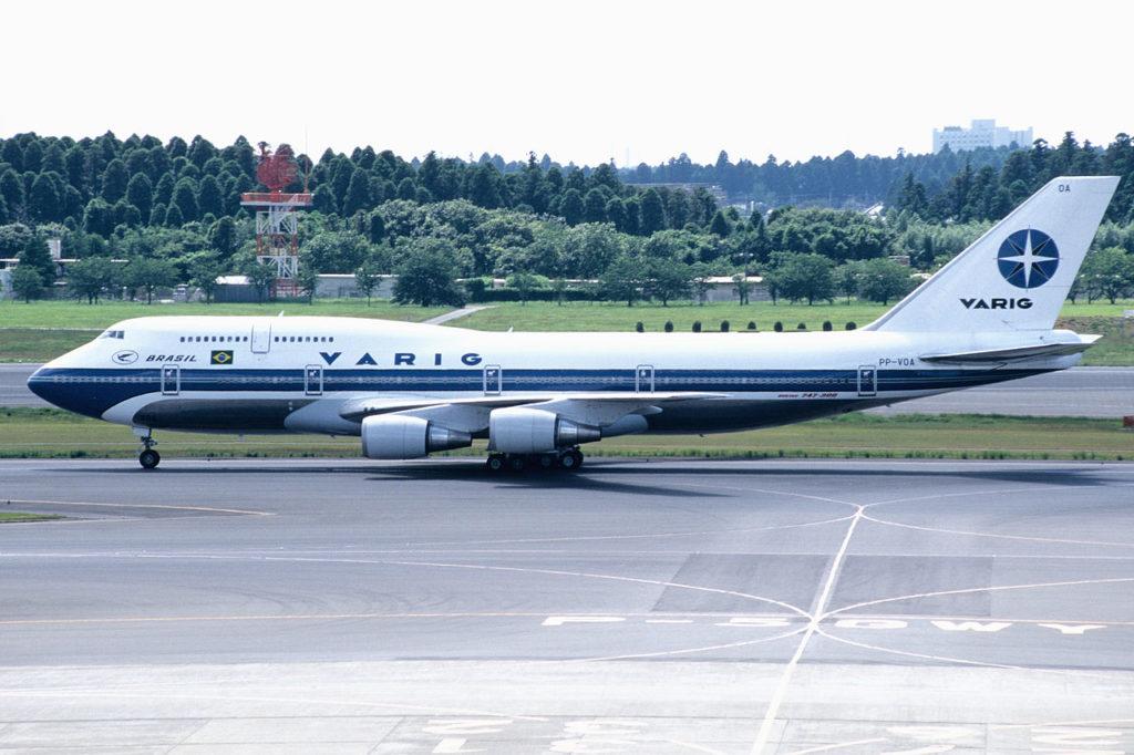 Avião Boeing 747-300 VARIG