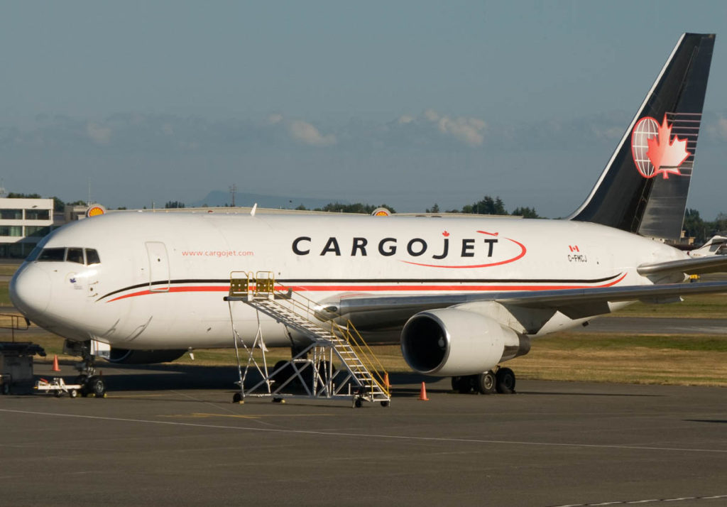 Avião Boeing 767-200F Cargojet