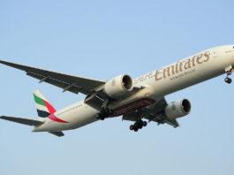 Avião Boeing 777-300ER Emirates