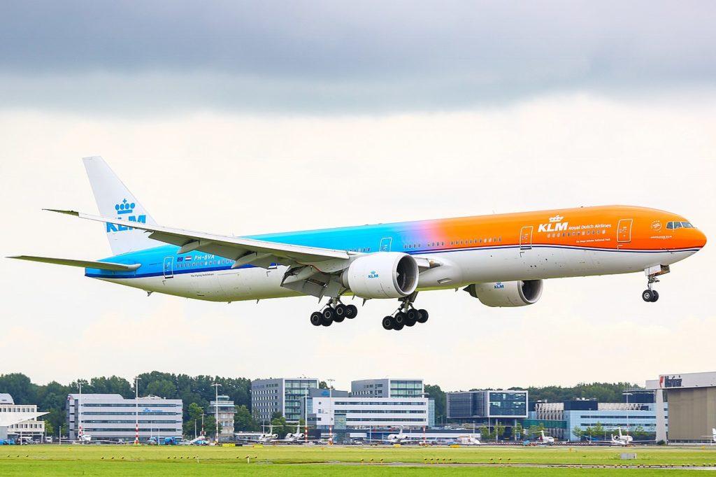 Avião Boeing 777-300ER KLM Orange Pride