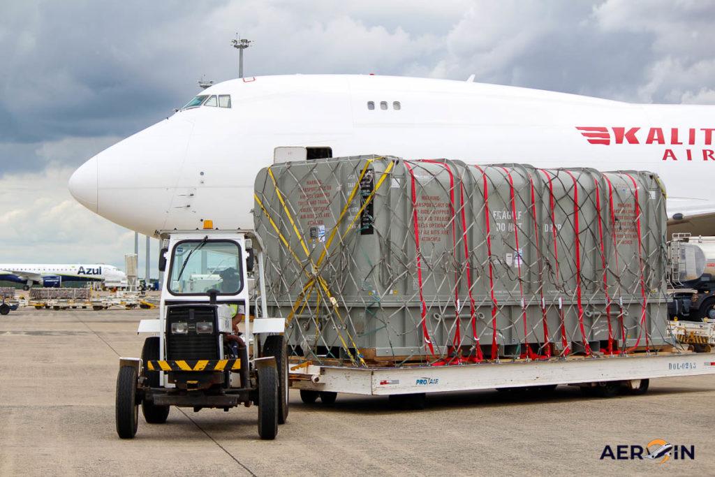Avião Boeing 747-400F Kalitta Air Carga