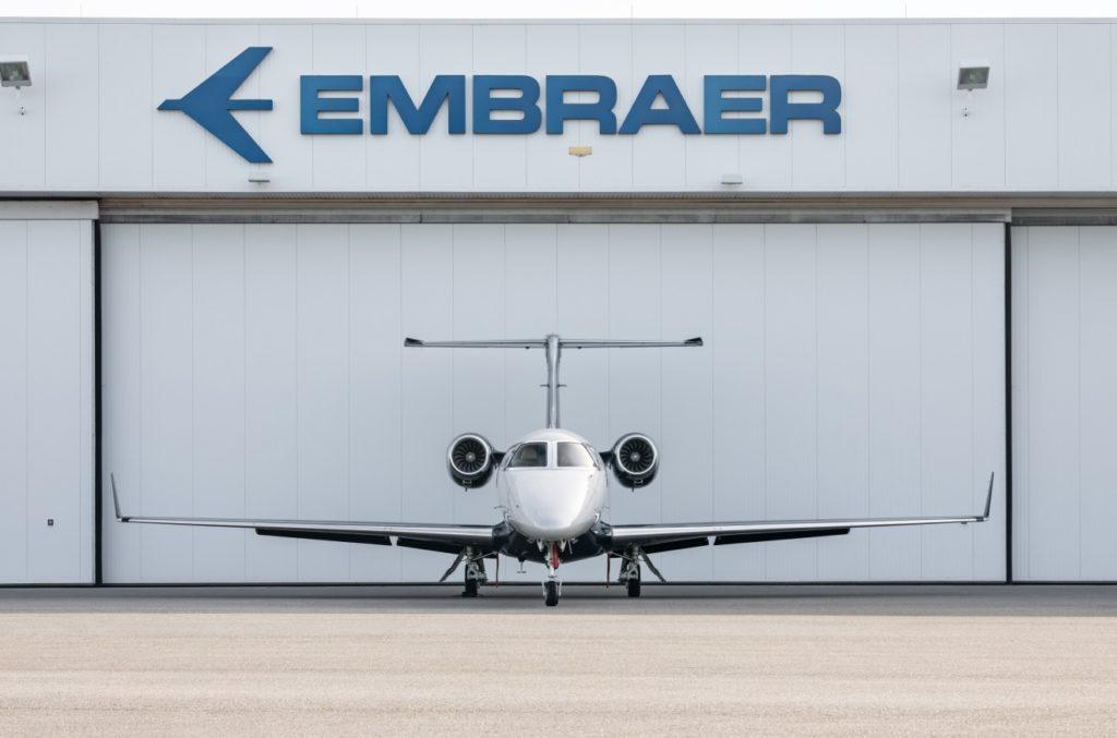 Avião Embraer Phenom 300 Jato Executivo