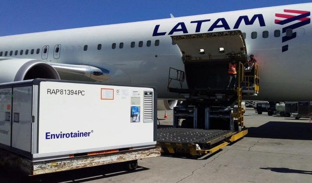 Avião Boeing 767-300F LATAM Cargo Vacinas