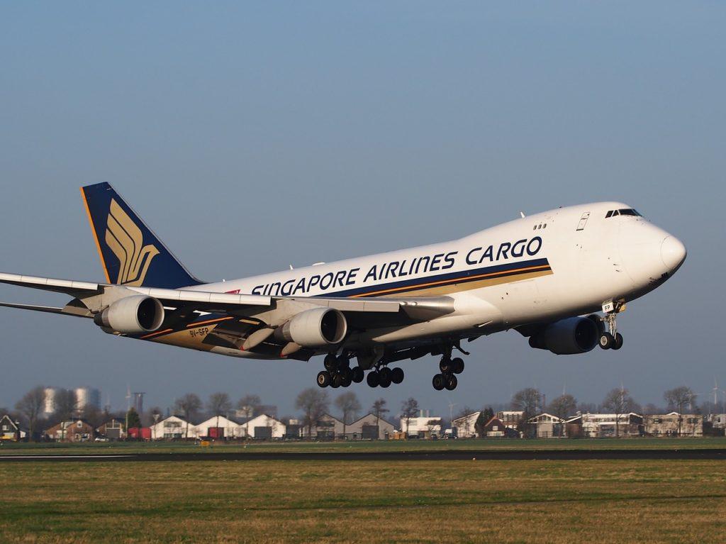 Avião Singapore Airlines Cargo Boeing 747-400F