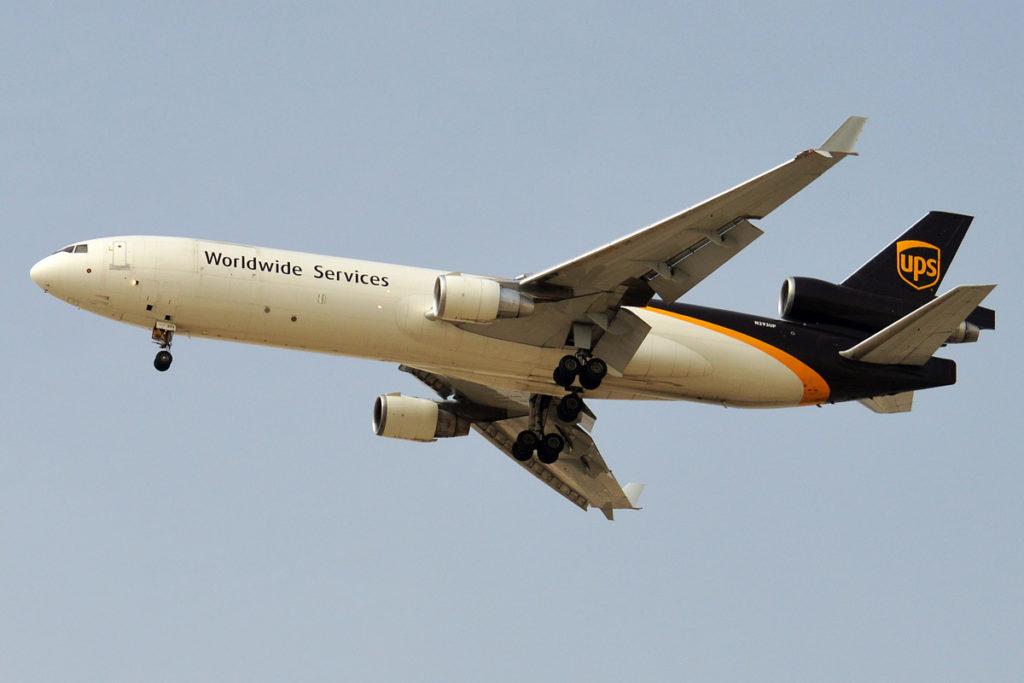 Avião MD-11F UPS