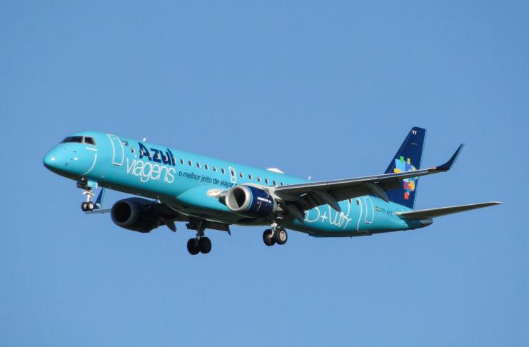 Avião Embraer E195 Azul Viagens