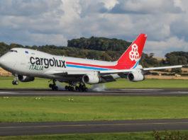 Avião Boeing 747-400F Cargolux