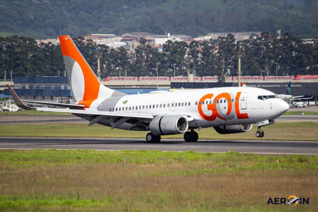 Avião Boeing 737-700 Gol Linhas Aéreas