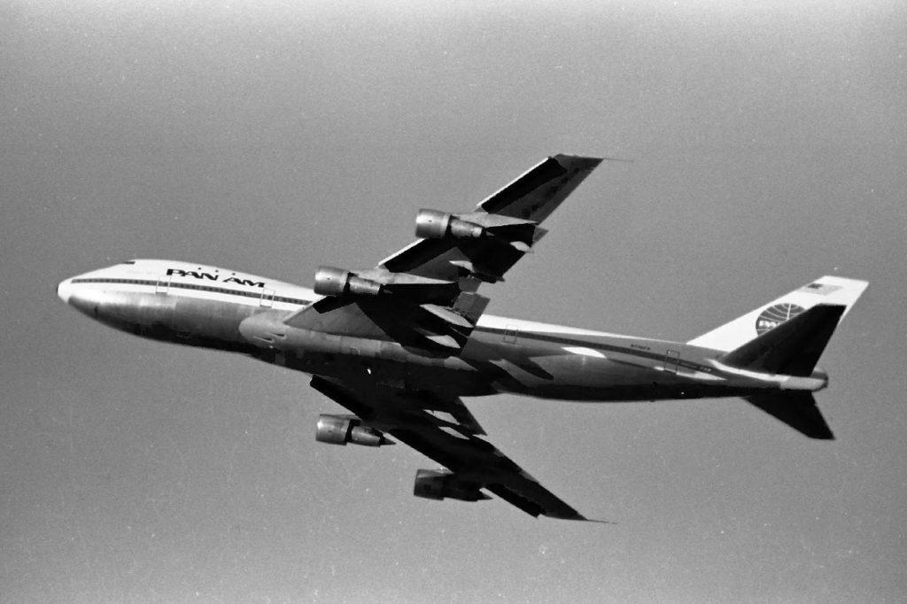 Avião Boeing 747-100 Pan Am Clipper Victor